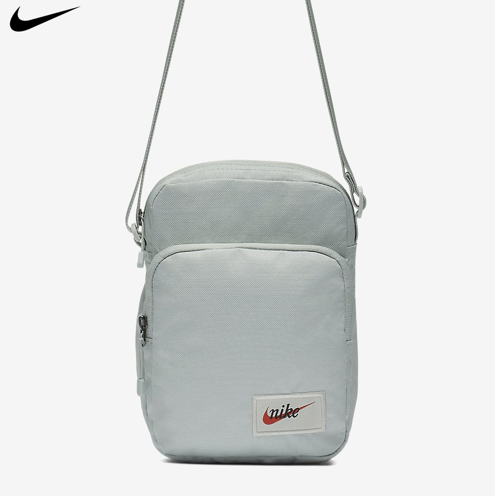 Comienzo Cabeza Picasso  Nike Heritage Small Item Crossbody Messenger Bag Light Silver Swoosh BA5809-034  191886647912 | eBay